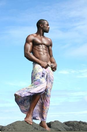 how to wear sarong black