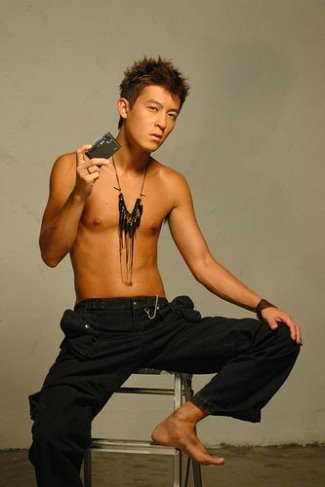 edison chen shirtless body