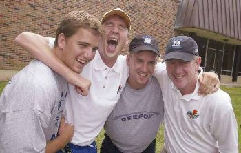 peyton manning father and brothers