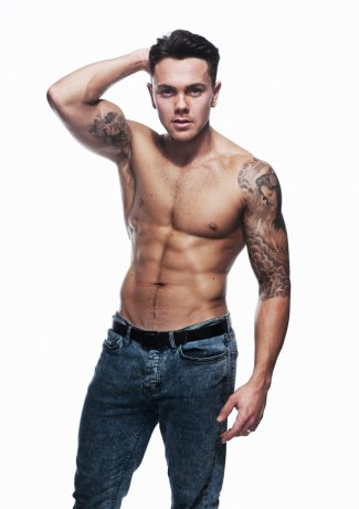 ray quinn shirtless