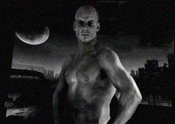 Eskil Ronningsbakken shirtless norwegian daredevil