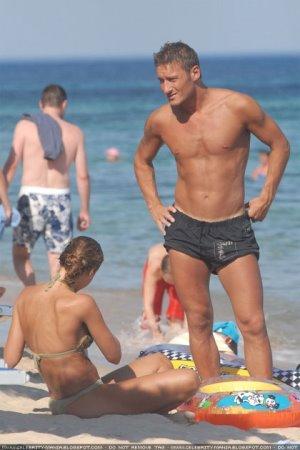 Francesco Totti shirtless