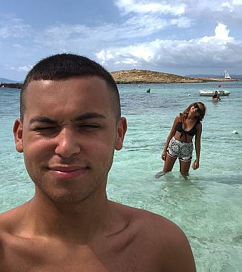 Shaheen Jafargholi shirtless with girlfriend amy hickman