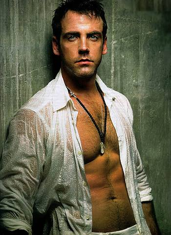 carlos ponce young shirtless