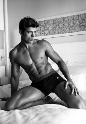edilson nascimento underwear model for elian gallardo