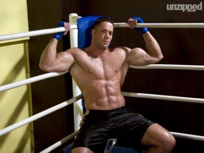 erik rhodes shirtless as a boxer