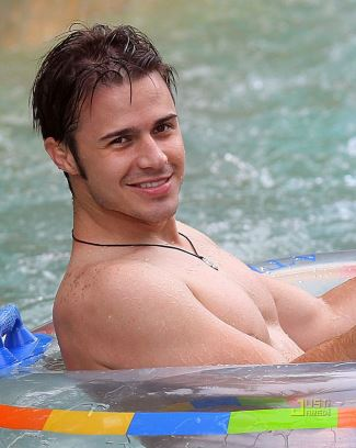 kris allen shirtless and hot