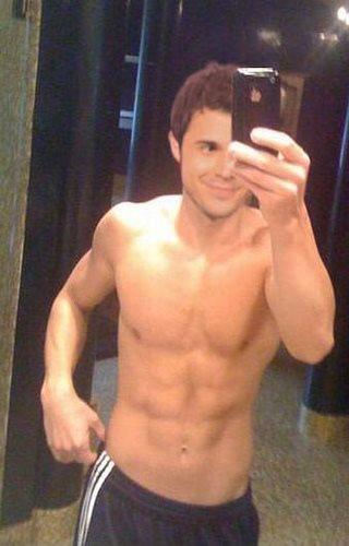 kris allen shirtless selfie