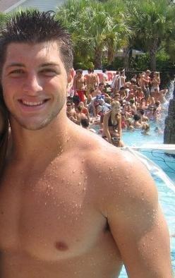 tim tebow shirtless - college quarterback