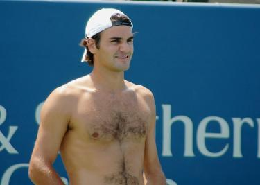federer-shirtless2