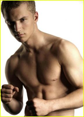 freddie stroma young abs