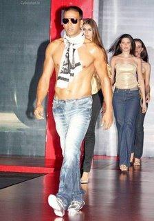 akshay kumar levis male model runway