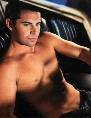 daniel macpherson shirtless