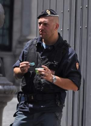 italian hot men in uniform