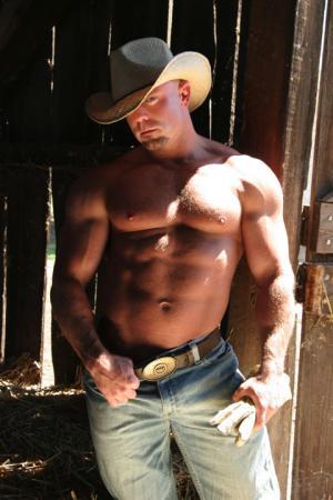 luke garrett muscle cowboy