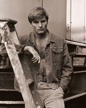 young viggo mortensen hairy chest