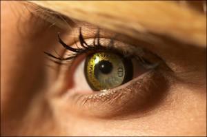 beautiful contact lens