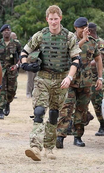 hot men in uniform prince harry