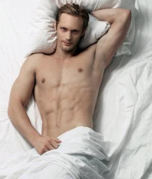 celebrity six pack abs alexander skarsgard