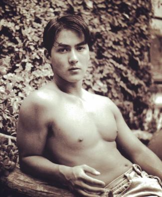 billy kemp shirtless