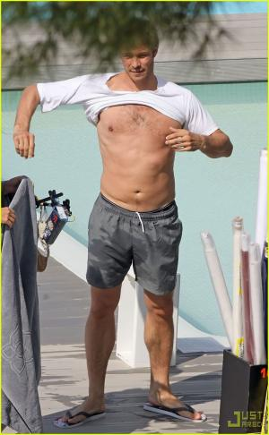 paul sculfor shirtless body