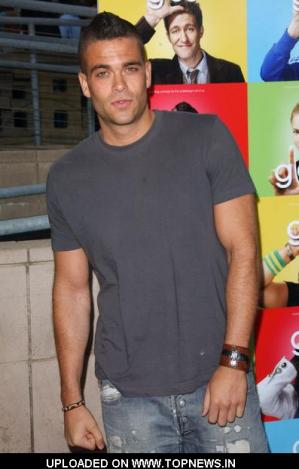 Mark Salling jeans and shirt