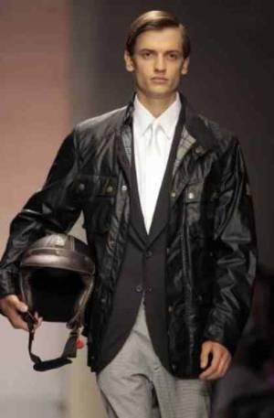 can you wear leather jacket with tie