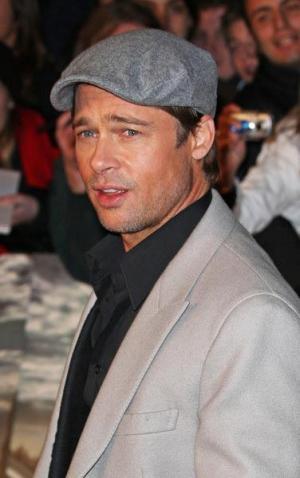 brad pitt newsboy cap