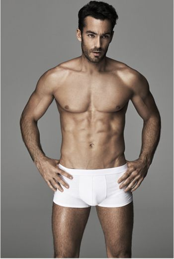 aaron diaz underwear model for ovs - boxer briefs2