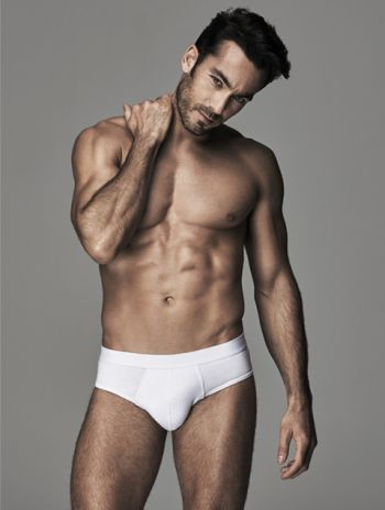 aaron diaz underwear model for ovs - white briefs