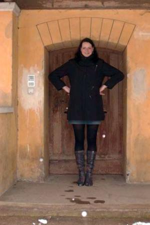 Worlds Tallest Female Model Caroline Welz