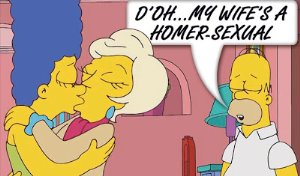 girls making out marge simpson