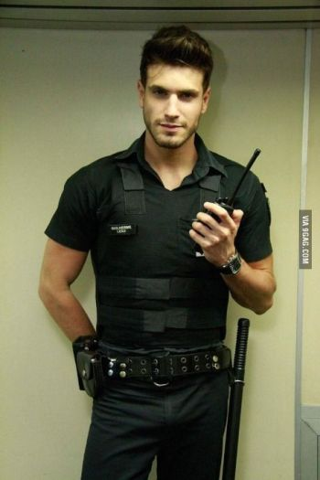 hot guys in police uniform Guilherme Leao brazilian cop in sao paulo