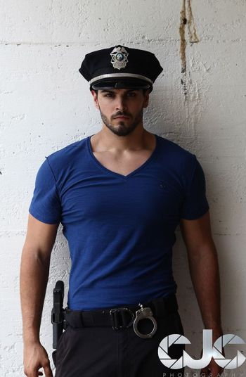 hot guys in police uniform dan rengering