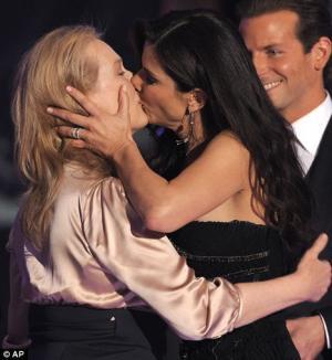 meryl streep sandra bullock kiss