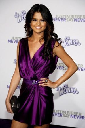 celebrities wearing wrap around dresses selena gomez