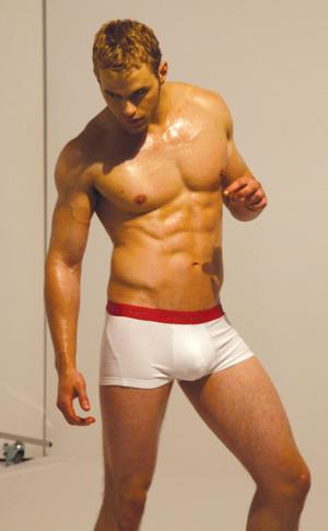 enhanced underwear for men - kellan lutz in calvin klein advert