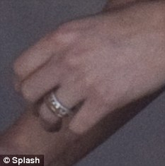 hillary duff mike comrie engagement ring
