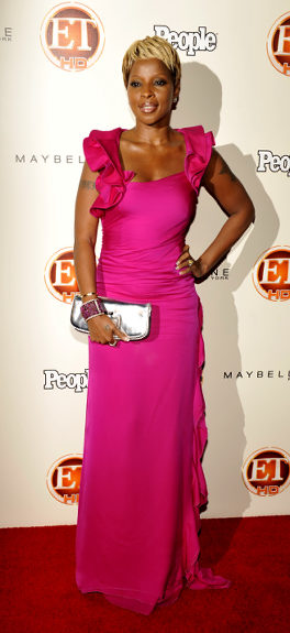 celebrities wearing pink dresses - mary j blige