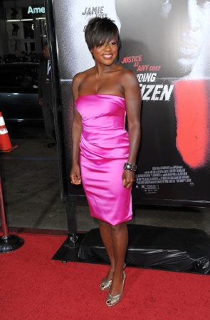 celebrities in pink dresses - viola davis