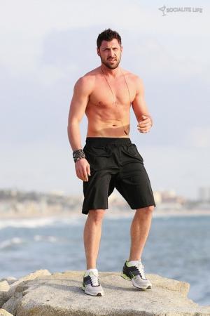 aksim Chmerkovskiy Shirtless workout