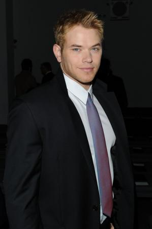 kellan lutz black suit white shirt