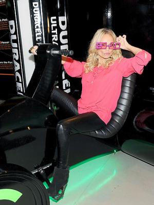 girls tight leggings kristin chenoweth
