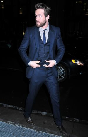 hot men in suit ryan reynolds