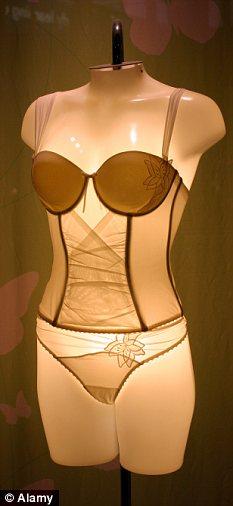 lady gaga underwear is missing
