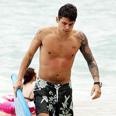beach hunks in swim shorts - john mayer