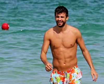 gerard pique shirtless body