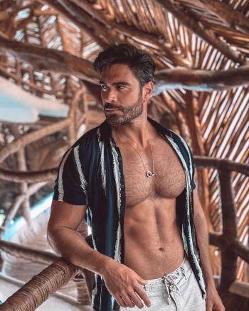 hot brazilian male models rodiney santiago shirtless