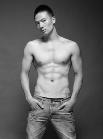 hot chinese men shirtless zheng da peng underwear by ck