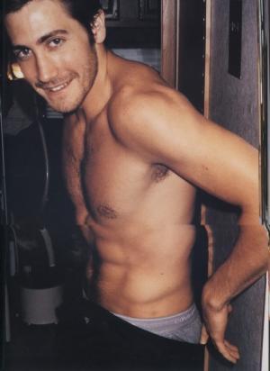 jake gyllenhaal underwear peekabo